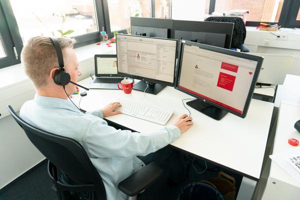 OpenText Doumentum - Managed Services