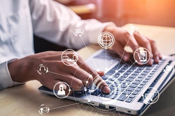 Qlik Value Added Products_Web Connectors_Laptop_multichannel